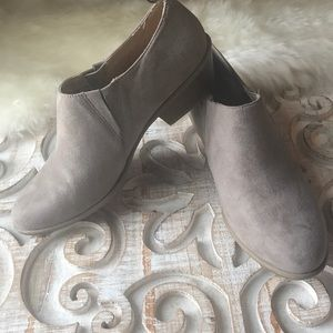 Gap Booties size 10 *new